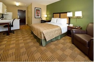 Extended Stay America Seattle Tukwila bedroom suite