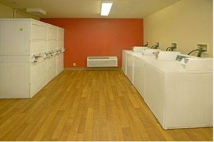 Extended Stay America Seattle Tukwila laundromat