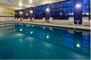 Radisson Hotel Seattle Airport indoor pool