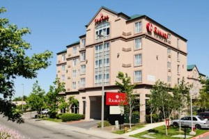 Ramada Inn Suites Sea-Tac